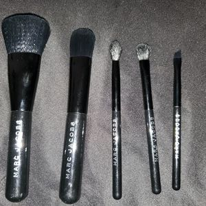 Marc Jacobs 5-piece petites brush collection